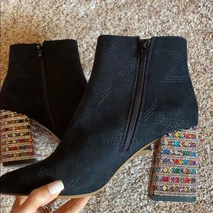 Black booties with sparkle heel never worn size 7